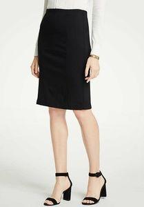 Ann Taylor Black Ponte Pencil Skirt Size 4P